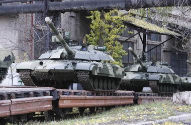 Порошенко запретил военное сотрудничество с Россией