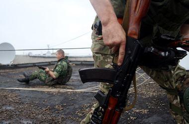 Бойцы Нацгвардии зачистили от террористов поселок Металлист