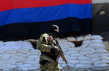 """В Донецке уменьшилось число преступлений, но боевики """"ДНР"""" продолжают грабить население"""