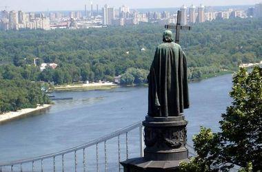 В Киевской патриархии опасаются, что День Крещения Руси перенесут в Крым и устроят переворот в УПЦ МП