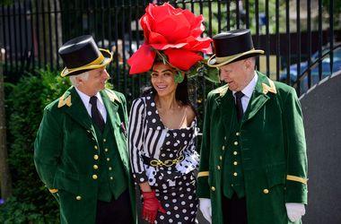 Топ самых оригинальных шляпок Королевских скачек в Лондоне