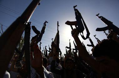 В Ираке из-за действий боевиков закрылся крупнейший НПЗ