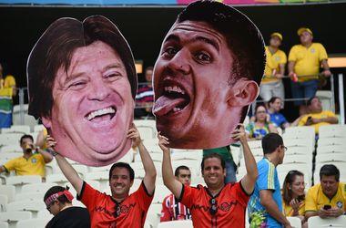 Суперфаны на матче Бразилия - Мексика