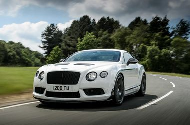 <p>Bentley Continental GT3-R. Фото: bentleymotors.com</p>