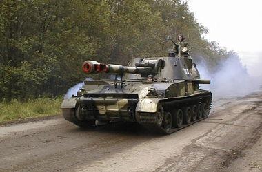 """Минобороны отправило в зону АТО самоходные артиллерийские установки """"Акация"""" и минометы"""