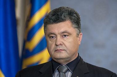 """Украина находится в состоянии войны, у добровольцев и населения """"очень промытый мозг"""" – Порошенко"""
