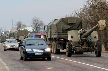 Россия перебросила на границу с Украиной 4 тактических группы десантников и штурмовиков - СНБО