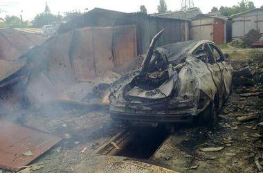 В Краматорске в результате обстрела уничтожено несколько десятков частных автомобилей