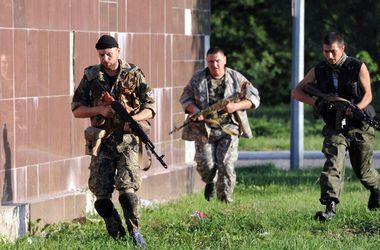 """Террористы обстреляли блокпост спецбатальона """"Чернигов"""", есть раненые"""