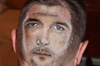 Болельщик сборной Англии выбрил на затылке лицо Стивена Джеррарда