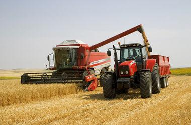 Порошенко подписал закон об отмене обязательного техосмотра сельхозтехники