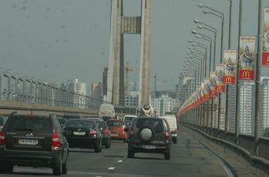 В Киеве вечером перекроют Южный мост