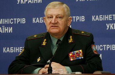 Боевиков в Донбассе более 10 тысяч, а среди убитых террористов - местные милиционеры, - генерал-майор ВСУ
