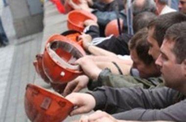 В Краснодоне боевики обстреляли маршрутку с шахтерами