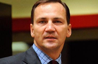 """Радослав Сикорский заявил, что  украинцев нельзя """"разочаровать и предать"""""""