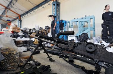В Артемовске   сепаратисты  снова штурмовали военную базу