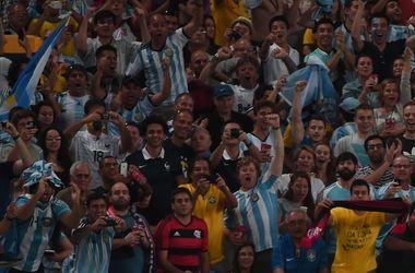 Полиция задержала 19 аргентинцев-нелегалов прямо во время матча