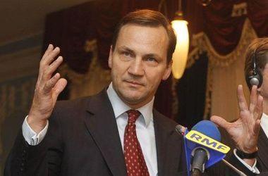 Сикорский считает напрасными отношения Польши и США - записи прослушки