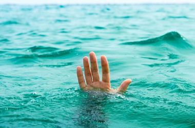 В Днепропетровской области утонули мужчина и девочка