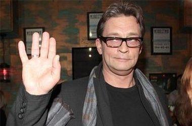 Александр Домогаров уходит из театра, так как устал ото лжи
