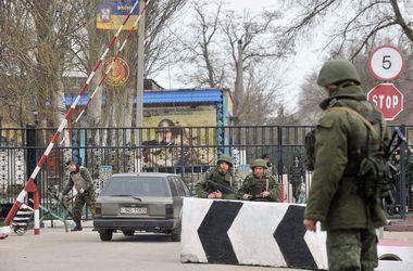 Россия продолжает наращивать военные силы у границы с Украиной
