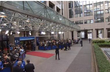 Порошенко приехал в Брюссель, где подпишет ассоциацию с ЕС