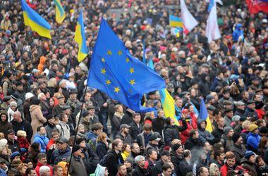 В Харькове евромайдановцы засобирались на площадь Ленина,   где  проводят свою акцию сторонники федерализации