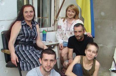 """""""Простите нас"""", - так россияне подписывают денежные переводы для украинских военных"""