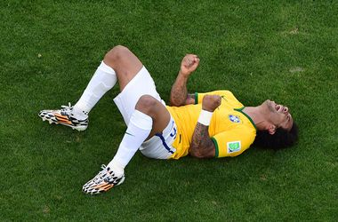 120 фантастических минут и слезы: как Бразилия пробивалась в четвертьфинал ЧМ-2014