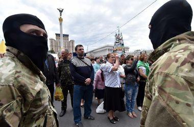 На Майдане в Киеве  началось  вече: активисты требуют возобновления АТО на востоке