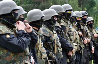"""Сегодняшнее вече на Майдане   могло быть последним """"мирным вече""""   - комбат """"Донбасса"""""""