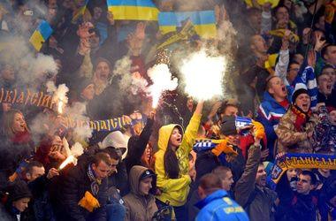 В Украине хотят вернуть закон о покупке билетов на футбол по паспортам