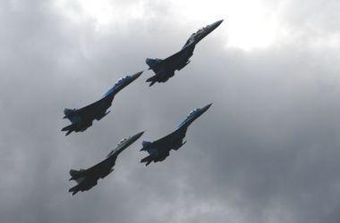 Авиация РФ осуществляет демонстративные полеты вдоль украинской границы