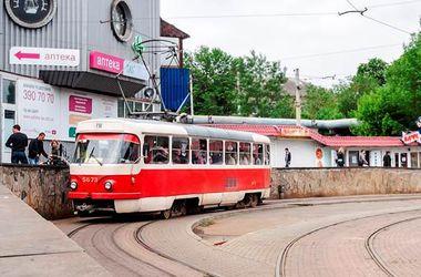 В Киеве подростки ограбили иностранца