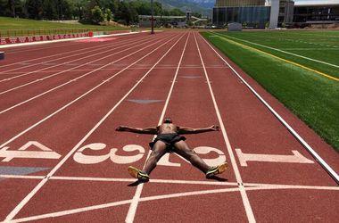 Паралимпиец бросил вызов олимпийскому чемпиону Мо Фара