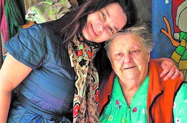 Наташа Королева отказалась от диеты ради бабушки