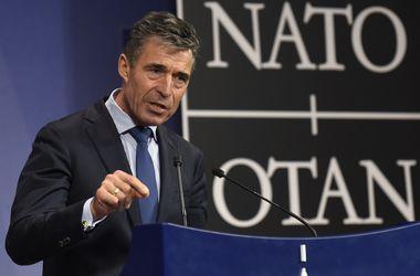 """В НАТО критикуют РФ и говорят о новой """"холодной войне"""""""
