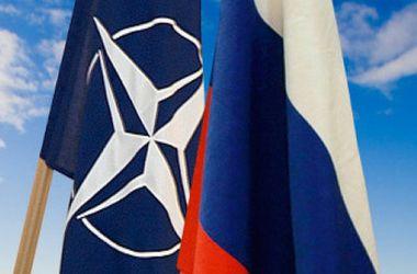 Меркель надеется, что России и НАТО удастся найти общий язык