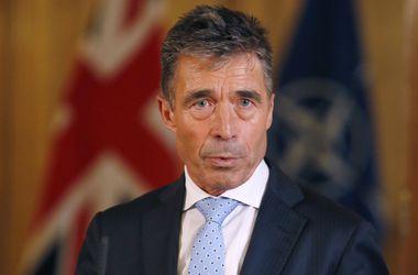 Генсек НАТО призвал Россию не угрожать миру