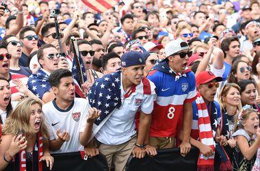 Но волне бума футбола американцы захотели провести чемпионат мира-2026