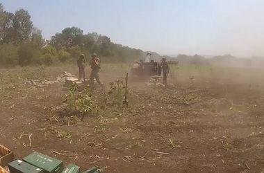 Как украинские военные атаковали террористов в Славянске