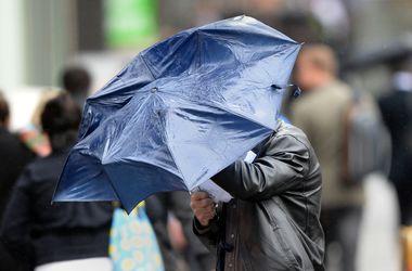 Завтра в Украине ожидается гроза и легкий спад жары