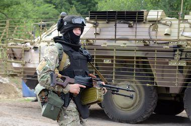 """Украинская армия отбила у террористов пункт пропуска """"Изварино"""""""