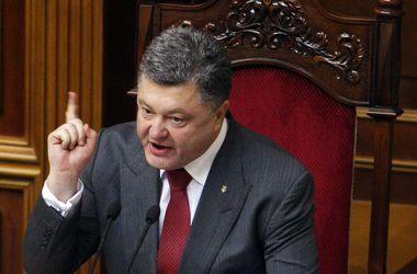 Порошенко готов снова объявить перемирие в Донбассе
