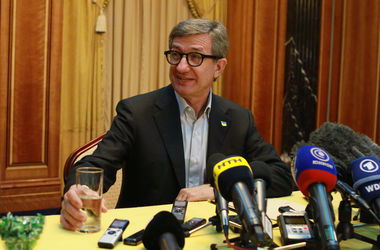 Консульства европейских стран хотят перенести в Мариуполь