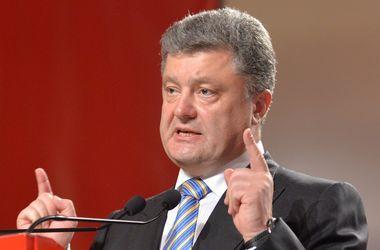 Порошенко подписал Указ о награждении воинов за освобождение Славянска