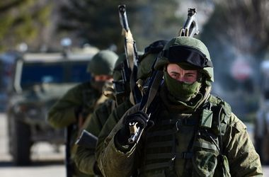 """Бойцы батальона """"Азов"""" получили новое оружие и готовы вступить в бой"""