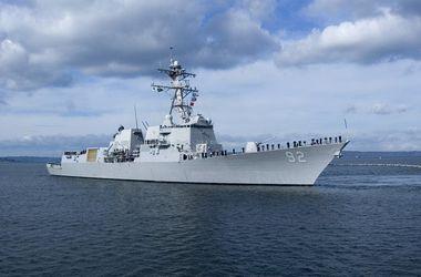 Военные корабли РФ устроили маневры в Черном море параллельно учениям НАТО