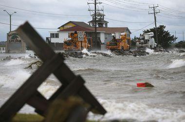 "Мощный ураган ""Артур"" погрузил Канаду во тьму"