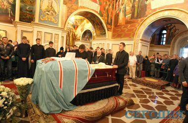 Как в Киеве прощались с митрополитом Владимиром